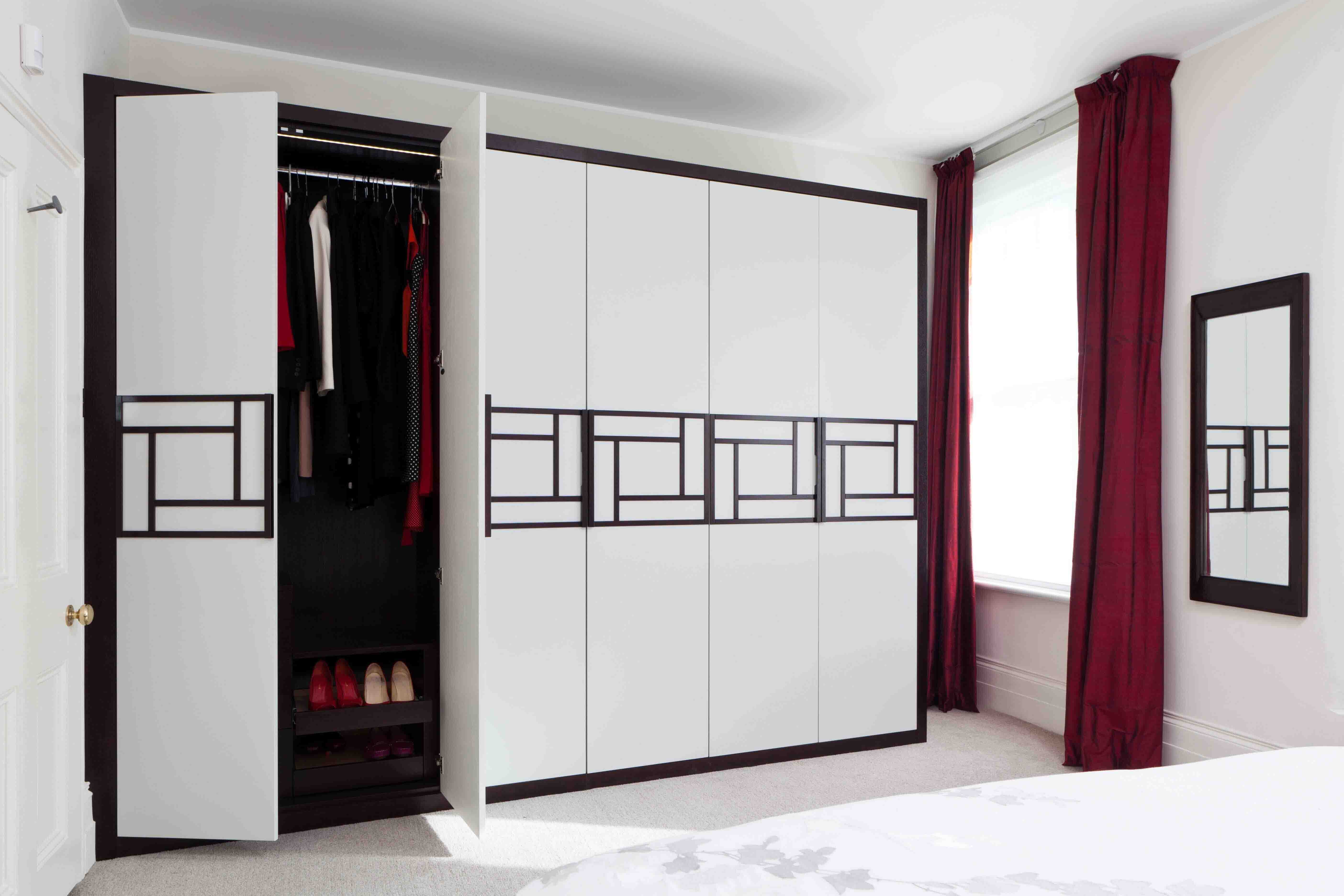 STRIKING DESIGNS FOR WARDROBE